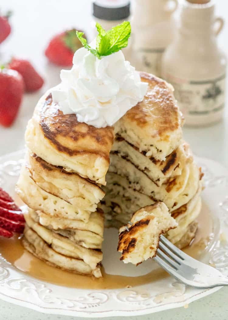 Everyone needs an easy no fail recipe for Classic Pancakes in their cooking repertoire! These are so delicious and perfect for a weekend breakfast! #pancakes