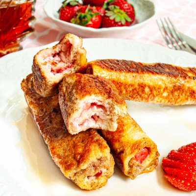 Strawberry Cream Cheese French Toast Roll Ups