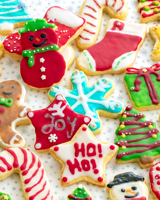 beautifully decorated sugar cookies.