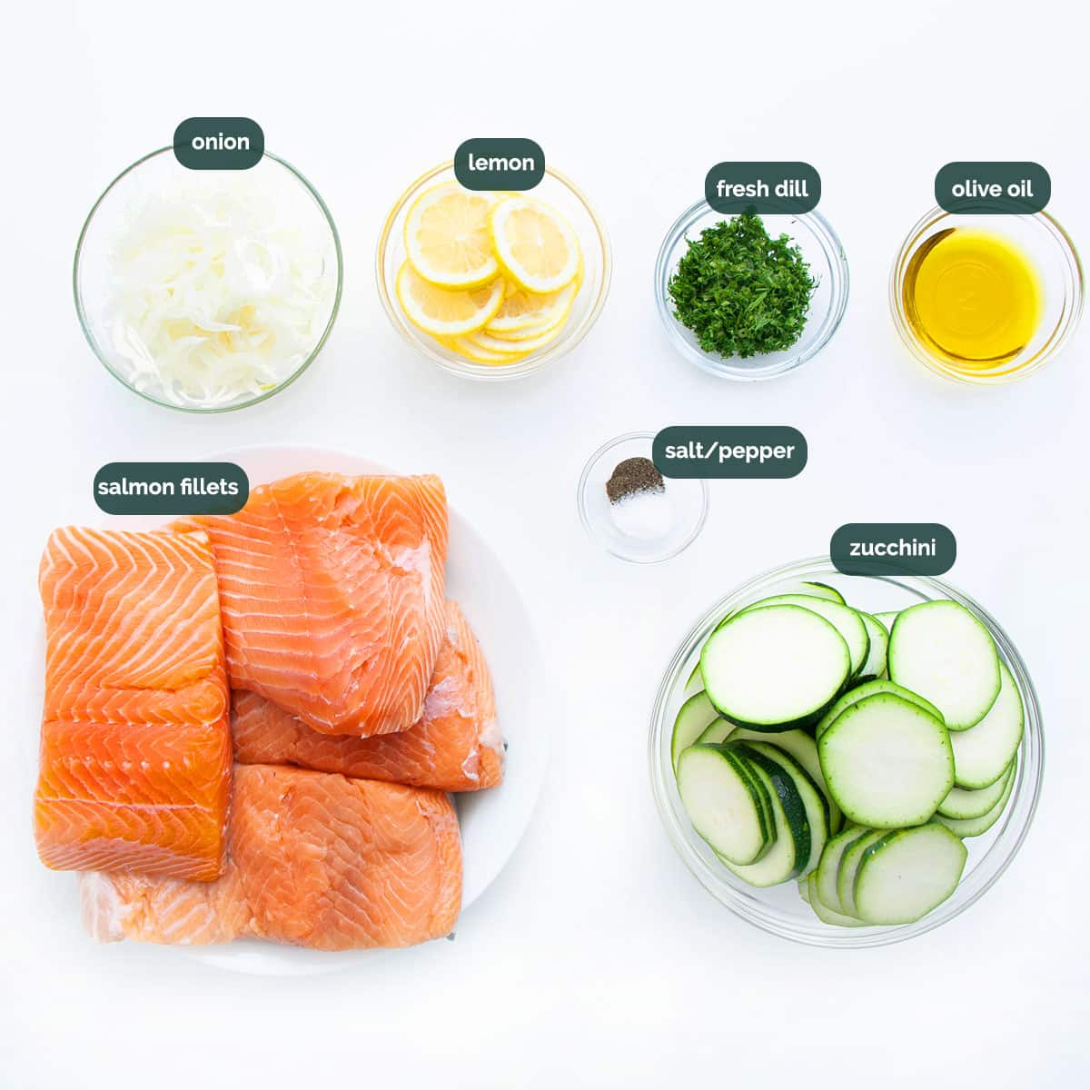 overhead shot of ingredients needed to make salmon en papillote.